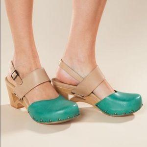 Dansko Thea Clog Heels Green & Nude Leather size 7